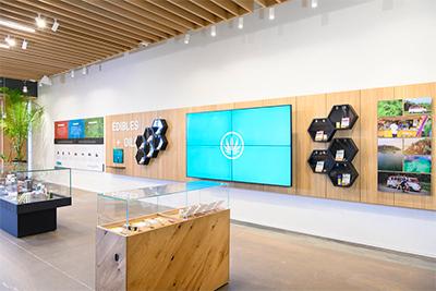 Choom-Indoor-Display